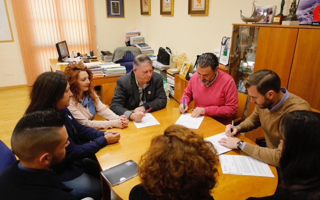 El Ayuntamiento de l'Alfàs y AVIBE inician una línea de colaboración para el fomento del turismo