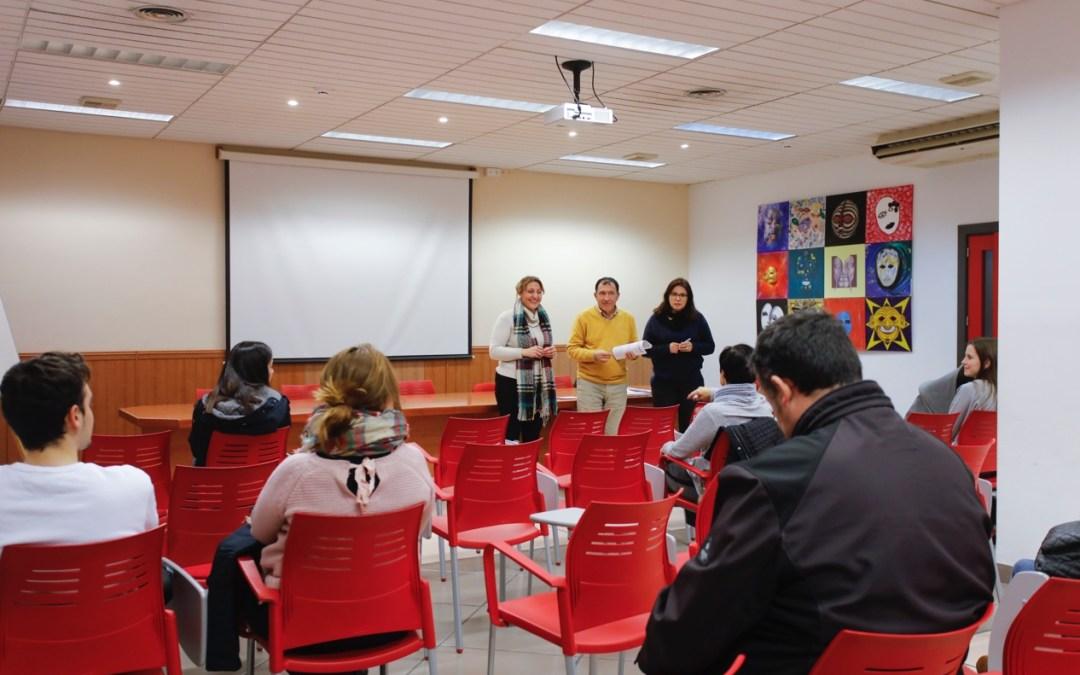 La concejalía de juventud de l'Alfàs subvenciona la matrícula al curso de inglés