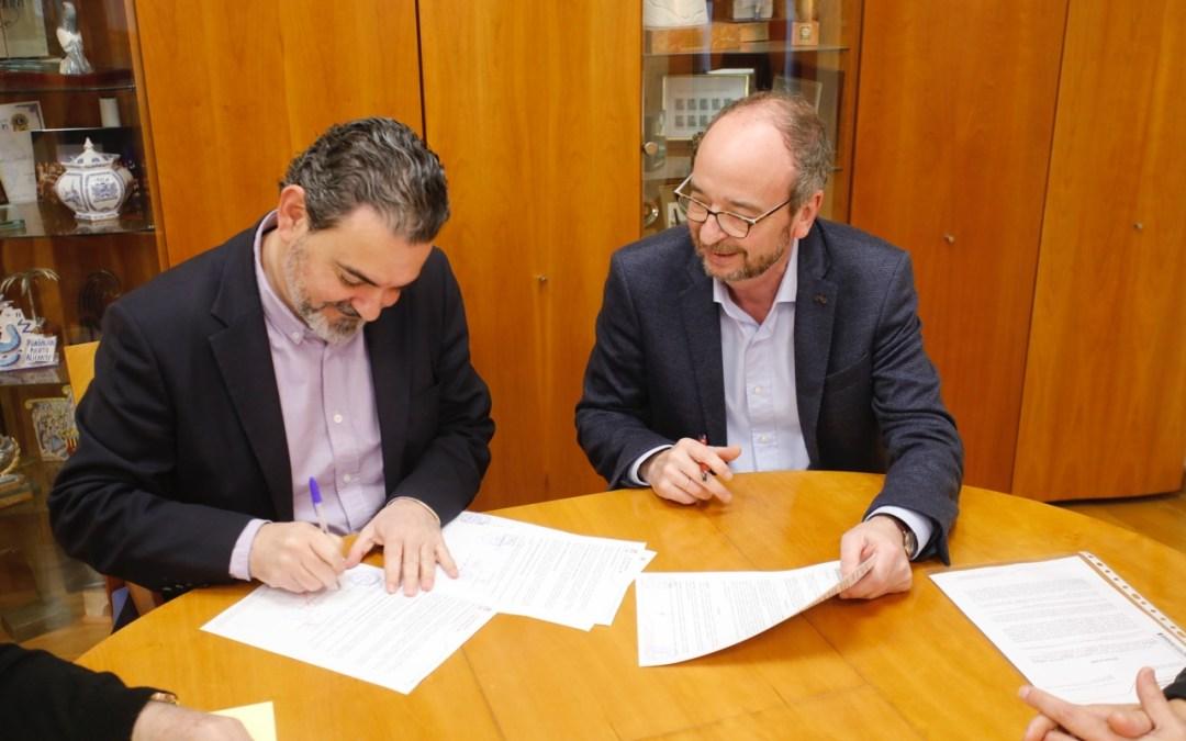 El Ayuntamiento de l'Alfàs y APSA renuevan los convenios de colaboración del SEAFI y del centro Camí Obert