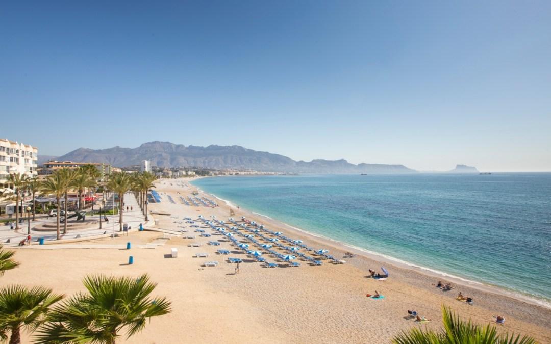 Un año más lucirá la Bandera Azul en la playa Racó de l'Albir