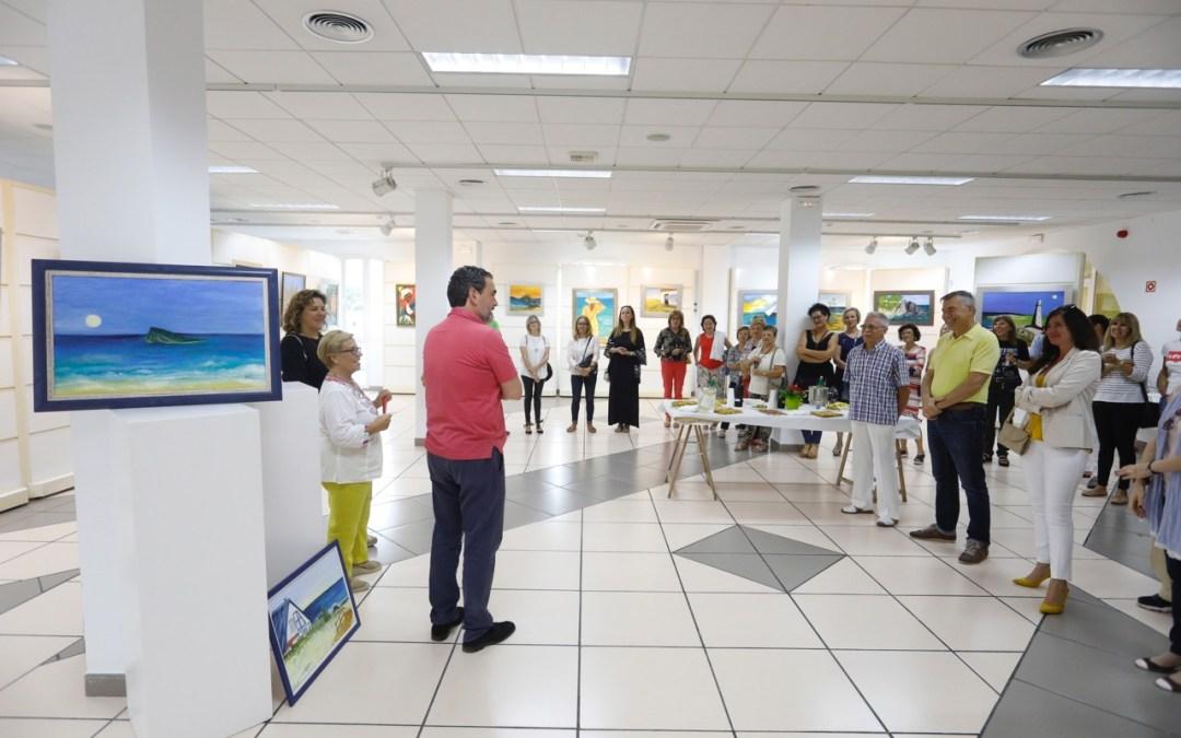 La artista plástica uruguaya Rina Castellucci expone en la Casa de Cultura de l'Alfàs