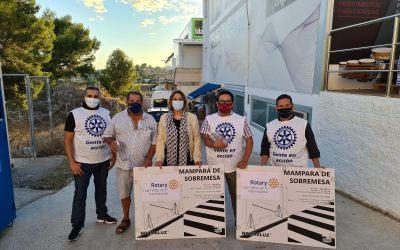 El Rotary Club l'Alfàs del Pi Internacional dona mamparas e hidrogeles al Voluntariado Social