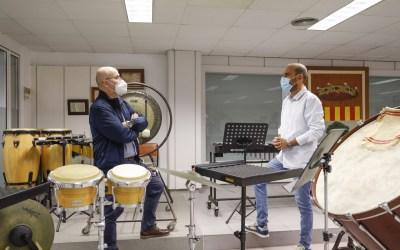 El Ayuntamiento de l'Alfàs del Pi y la Societat Musical La Lira renuevan su colaboración