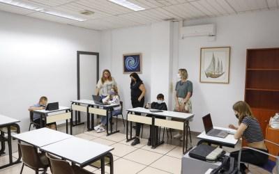La Casa de Cultura de l'Alfàs acoge el examen oficial de lengua búlgara