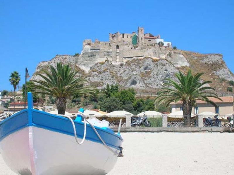 La spiaggia di roccella Ionica la locride A