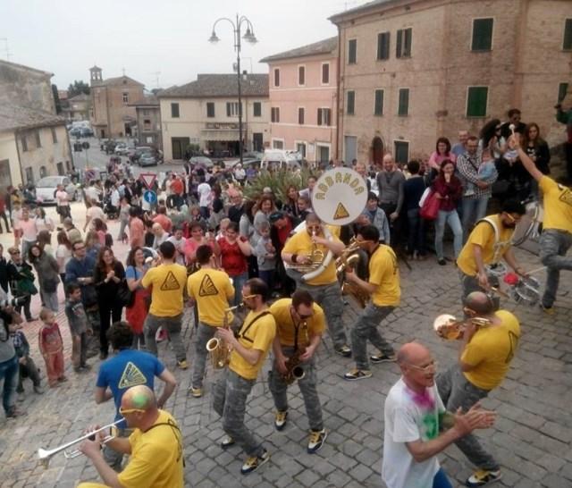 A Corinaldo torna per il quarto anno la Festa dei Folli