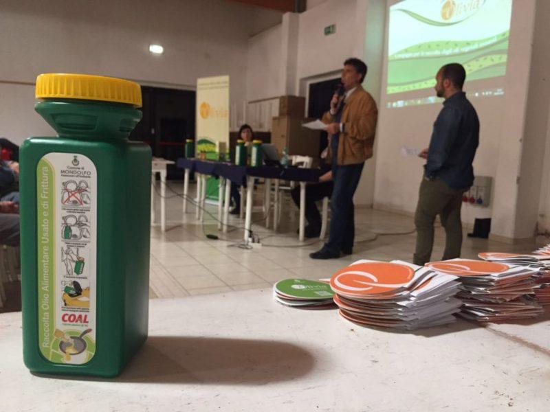 A Marotta distribuite 260 taniche per la raccolta degli oli vegetali esausti