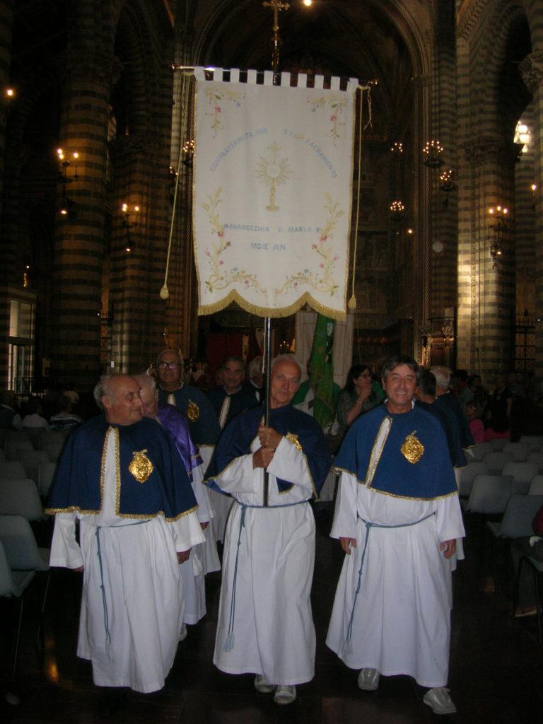 MOUIEconfraternita662