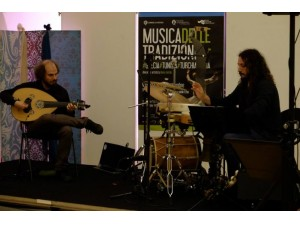 Peppe Frana e Francesco Savoretti in concerto alla Fornace di Moie