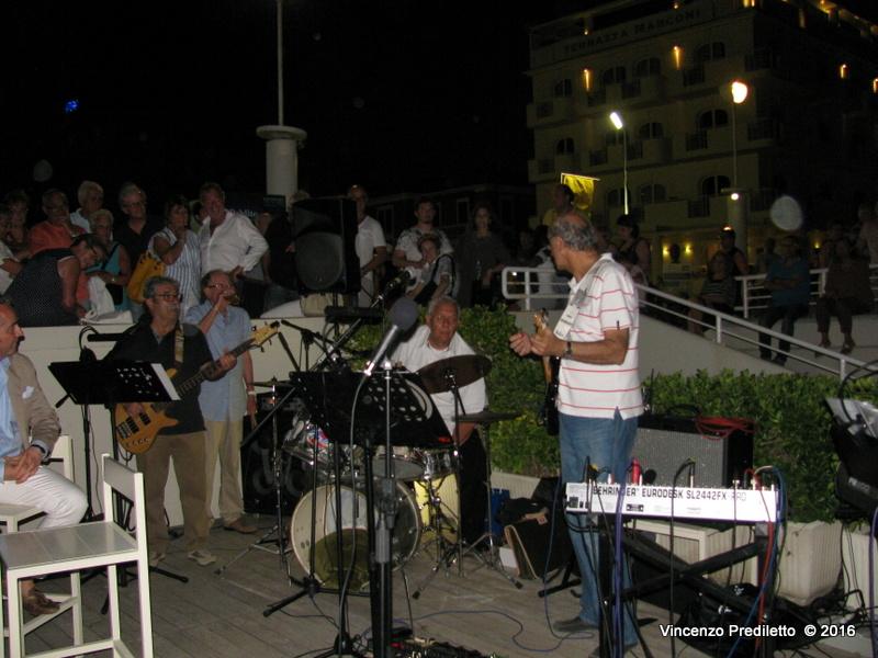 Rievocati a Senigallia i mitici anni '60 di Villa Sorriso