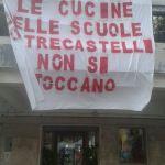 A Trecastelli non si ferma la protesta contro la chiusura delle mense
