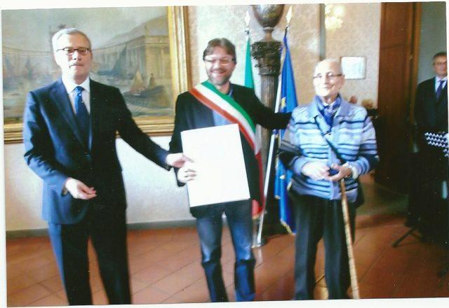 La medaglia della Liberazione all'ex partigiano Giovanni Ricci