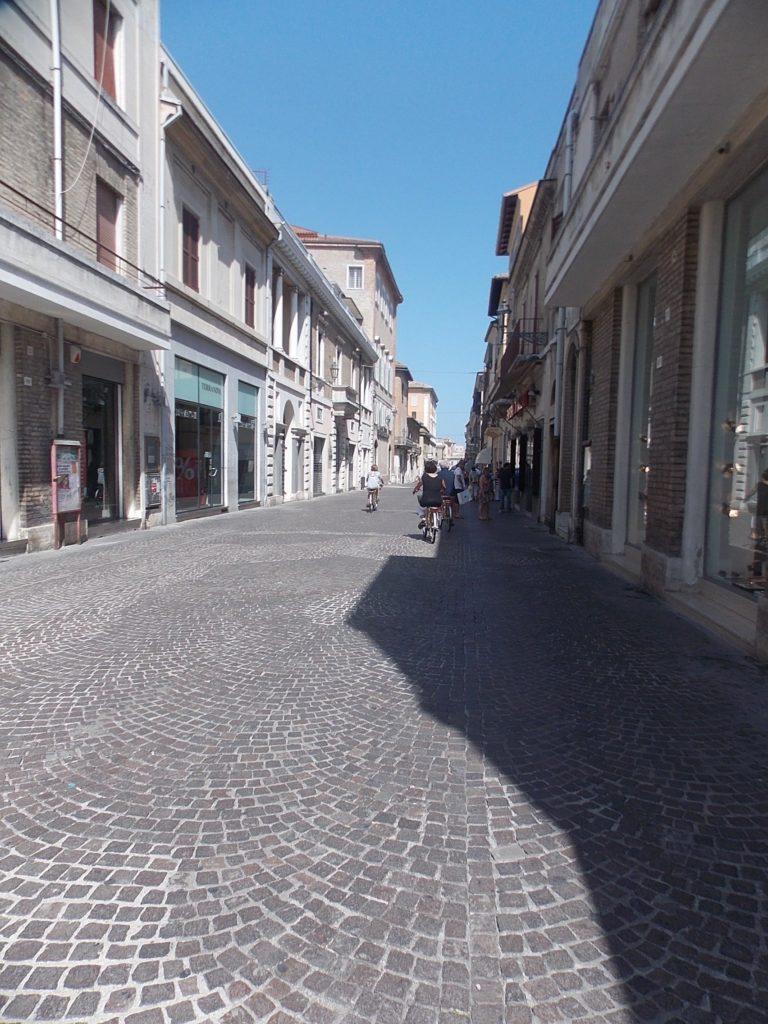 Nel centro di Senigallia il commercio continuerà a vivere