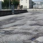 A Trecastelli strade colabrodo e l'assessore si loda dell'asfaltatura di 500 metri