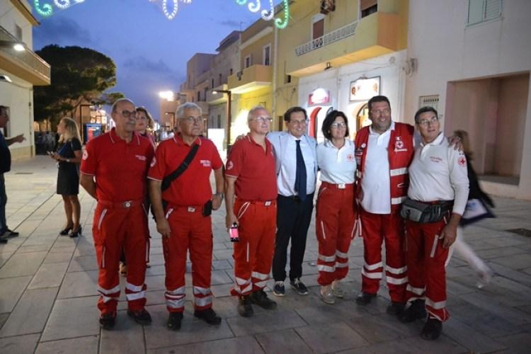 Volontari della Croce Rossa di Senigallia a Lampedusa con 40 quintali di materiale per i migranti