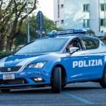 Gli agenti del Commissariato di Urbino hanno bloccato a Cagli un giro di spaccio di marijuana e hashish