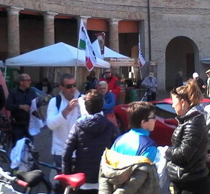 Nino Benvenuti – una leggenda dello sport - indiscussa star della Pedalata per la vita: una mattinata di festa lungo le strade di Senigallia