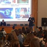 """A Urbania la Polizia postale ha incontrato gli studenti sui pericoli della """"rete"""" e l'uso consapevole dei social"""