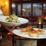 Sta per arrivare la stagione turistica: alberghi e ristoranti cercano nuovo personale