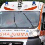 Cade e viene travolto dal trattore, tragedia alla periferia di Chiaravalle