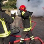 Incendio in un garage alla periferia di Senigallia