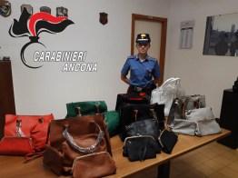 carabinieri commercio abusivo lungomare SENIGALLIA2019-07-16-x0 (2)