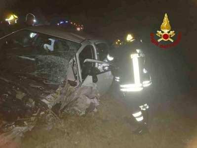CHIARAVALLE incidente notte provinciale76 jesi feriti vdf2019-08-17-x0 (2)