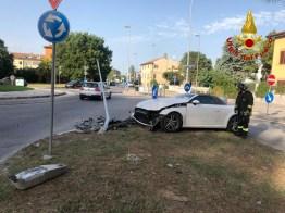 JESI incidente auto palo via del lavoro vdf2019-08-12-x0 (2)