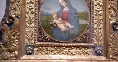 Una grande mostra su Raffaello e gli amici di Urbino richiama tanti visitatori a Palazzo Ducale