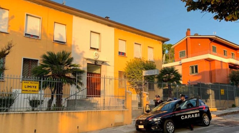 Scatta l'allarme dopo un furto in un'abitazione: casertano arrestato dai carabinieri di Mondolfo, ora si cercano i suoi tre complici