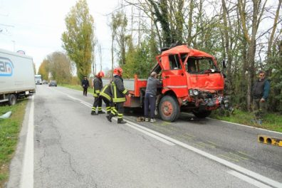 SERRADECONTI incidente camion2019-11-18 (7)