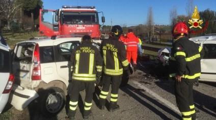 OSTRA VETERE incidente arceviese auto feriti vdf2019-12-14 (6)