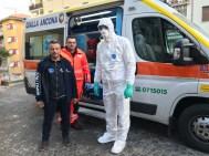 Sbaffo Andrea Presidente Regionale Anpas con volontari (1)