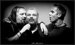 Il cantante dei Nomadi Yuri Cilloni, Francesco Ferrandi e Marco Petrucci