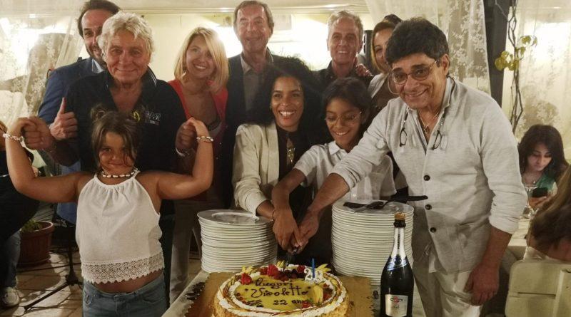 Michele Ercole festeggia con gli amici di sempre i 22 anni del Vicoletto