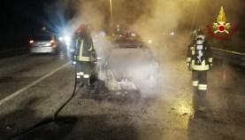 CHIARAVALLE incendio auto via ancona2020-11-13 (2)