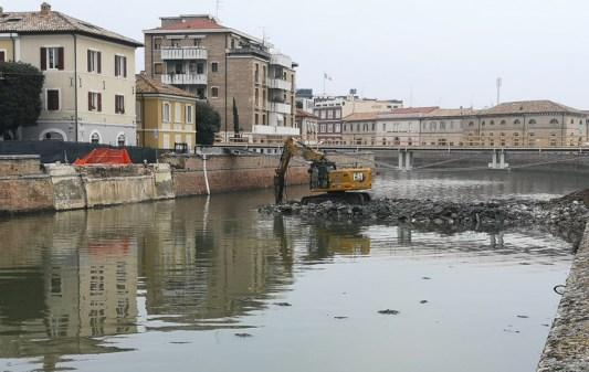 SENIGALLIA demolito ponte 2 giugno recupero detriti MfP2020-11-14 (1)