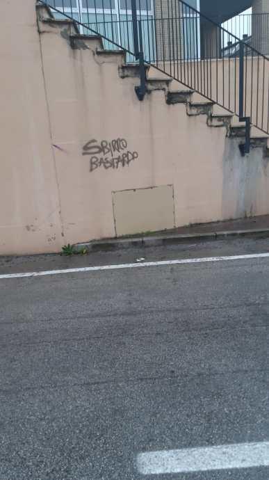 MONTE ROBERTO atti vandalici PIANELLO VALLESINA2020-12-26 (1)
