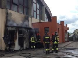 CORINALDO incendio esterno cabina palestra2021-04-15 (12)