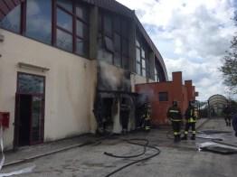 CORINALDO incendio esterno cabina palestra2021-04-15 (17)