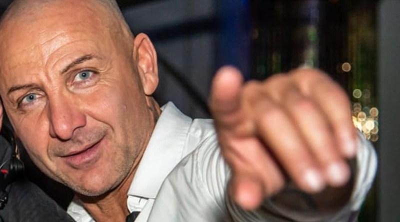 Con la moto contro un'auto, muore a 50 anni Simone Battaglini