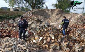 SANT'ANGELO IN VADO sequestro area rifiuti edilizia2021-10-07 (3)