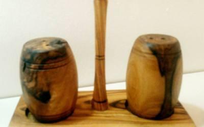 Sale e pepe in legno d' ulivo