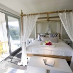 La Maison Pacifique master bedroom with private balcony
