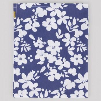 Torchon coton fleurs blanches sur fond bleu