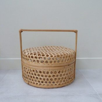 Boîte en bambou tressée