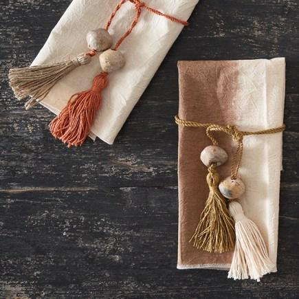 Pompons-lien de serviettes