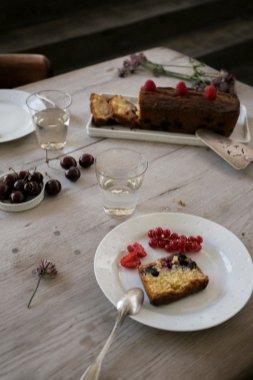 table-platcake-3