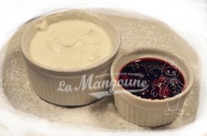 Fromage blanc avec son coulis de fruits rouges