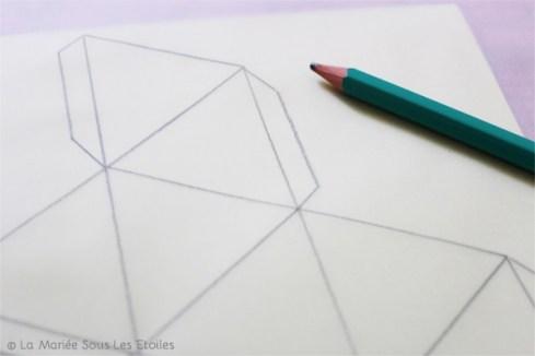 DIY {Do It Yourself} Marque-places géométriques en origami |Etape 2 : reproduire sur calque par La Mariée Sous Les Etoiles